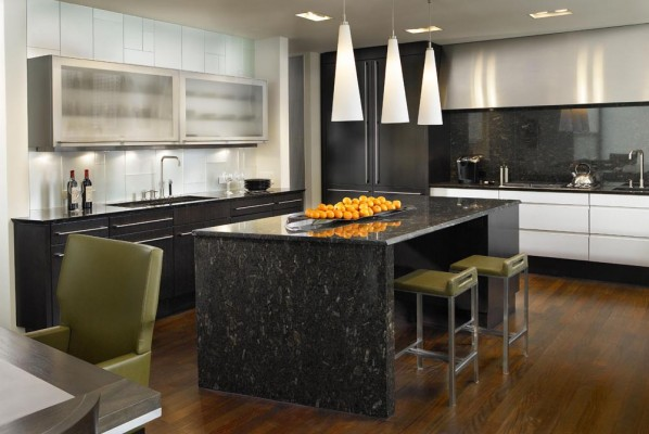 Contemporary residential kitchen design in Chicago