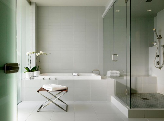 Modern Bathroom Interior Design in Chicago